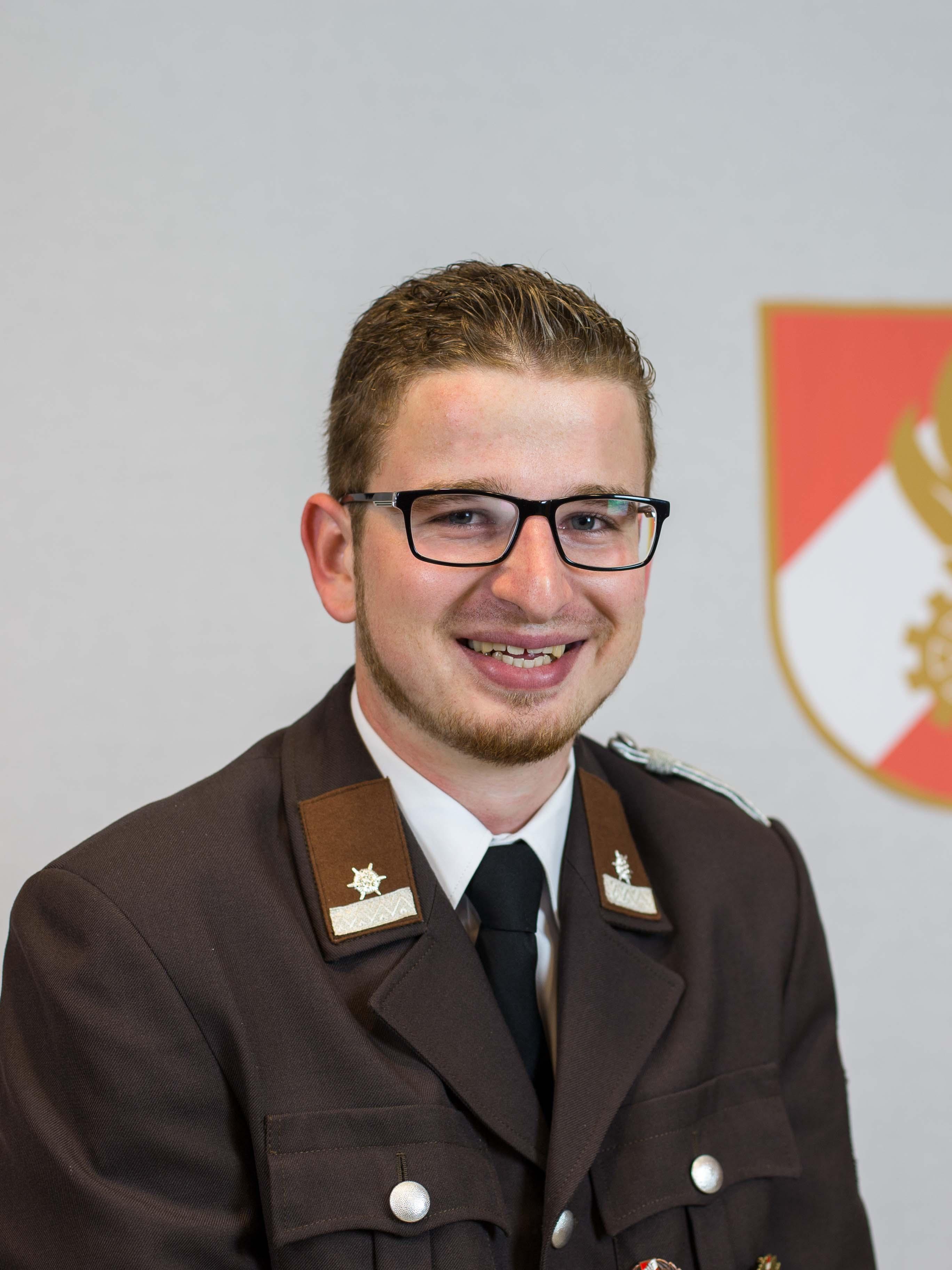 Lukas Schiefer
