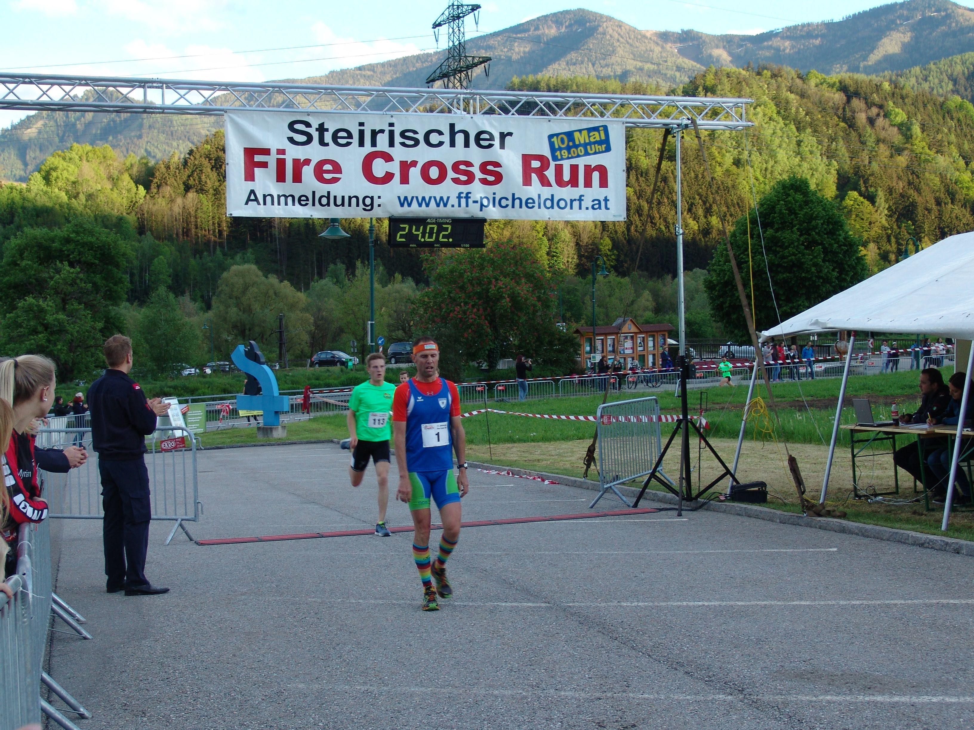 Fire Cross Run - Zieleinlauf Clemens