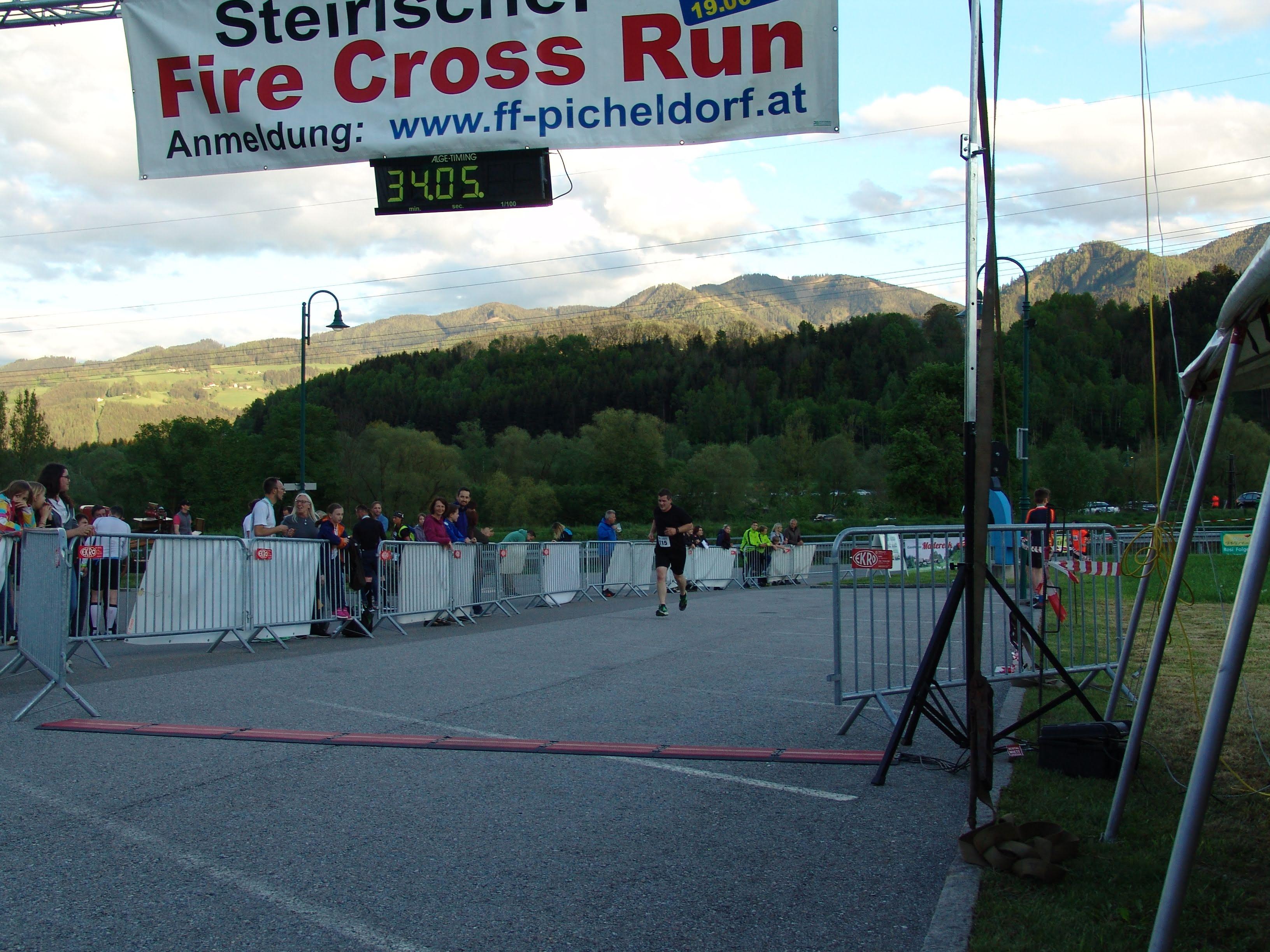 Fire Cross Run - Zieleinlauf Andreas